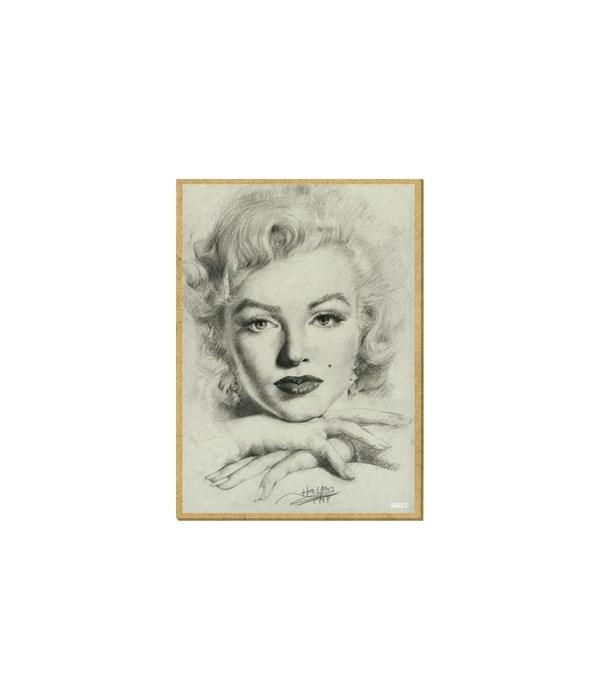 Marilyn Monroe (close up, resting chin o