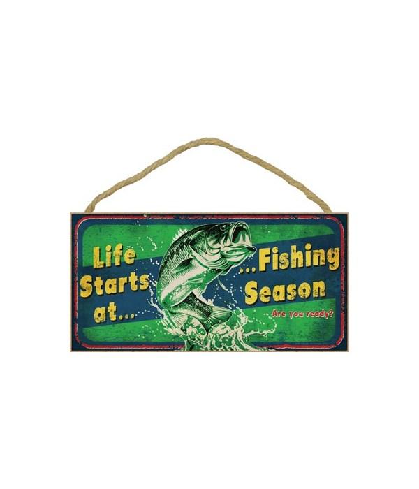 Life starts at Fishing season (fish jump