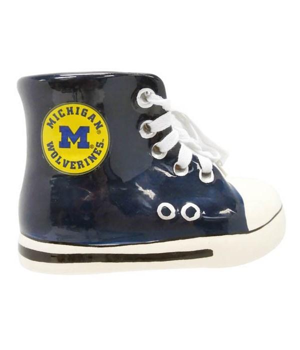 UofM Shoe Bank