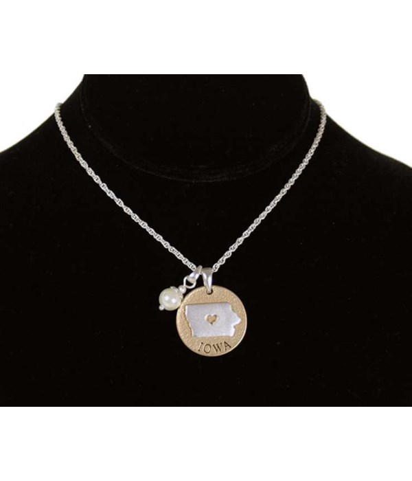 IA Toggle Necklace Pearl Disc