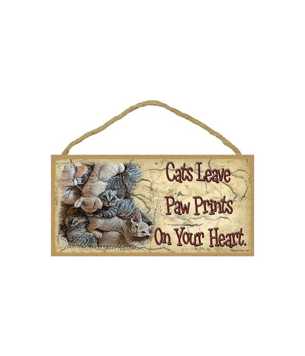 Kittens-Cats leave paw prints on your he
