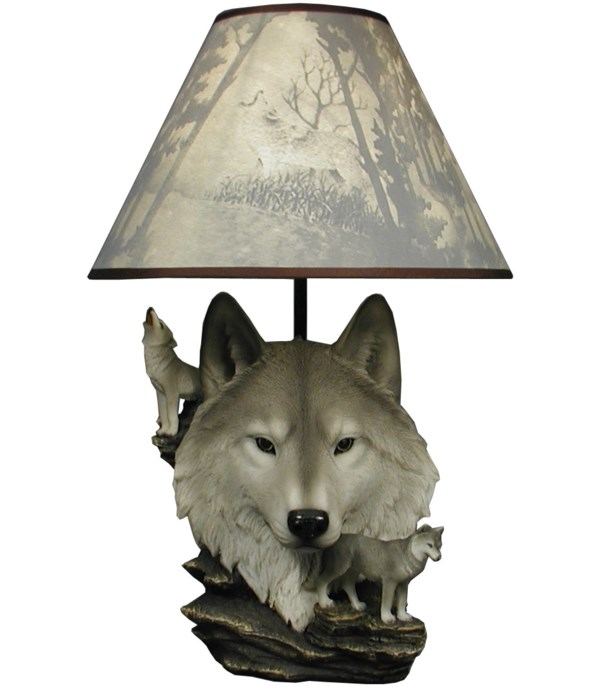 """20"""" Wolf Lamp with Shade"""