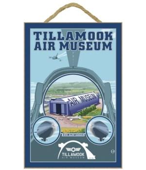 Tillamook Air Museum - Lantern Press 7x1