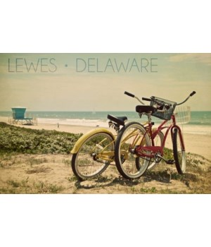 Lewes, Delaware - Bicycles & Beach Scene