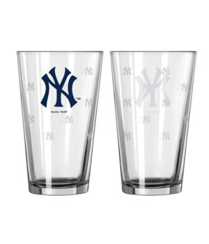 GLASS PINT SET - NY YANKEES