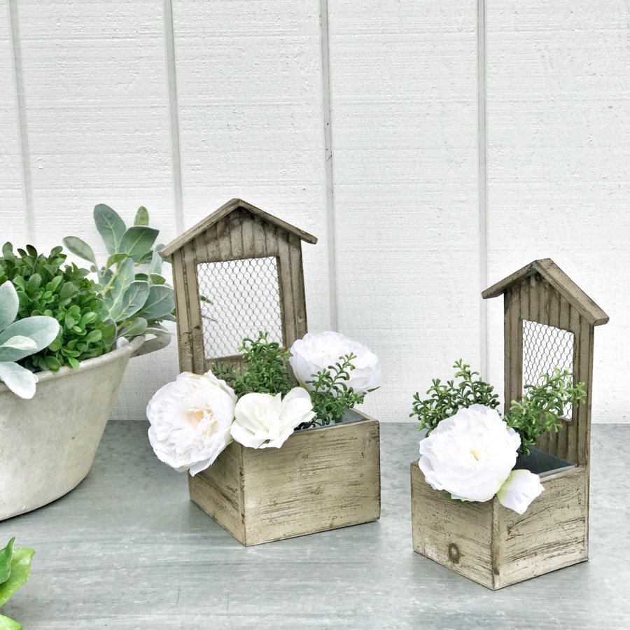 Wood Planter With Mesh Back Set Of 2
