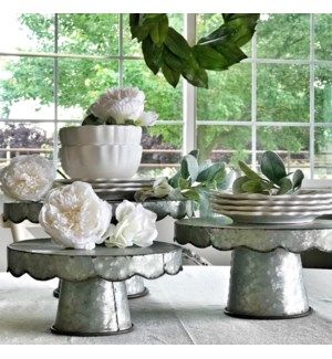 Scalloped Design Cake Stands