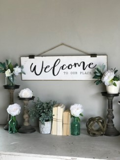 "Wood ""Welcome"" Sign With Rope Hanger"