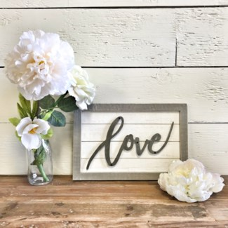 Small Shiplap Love Sign