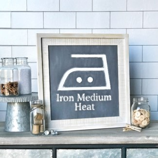 Iron Medium Heat Laundry Sign