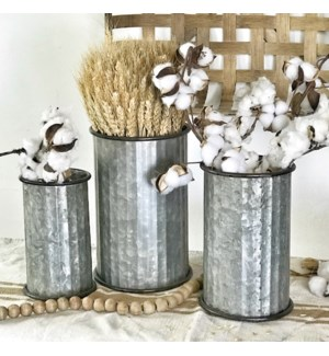 Set of 3 metal Canisters