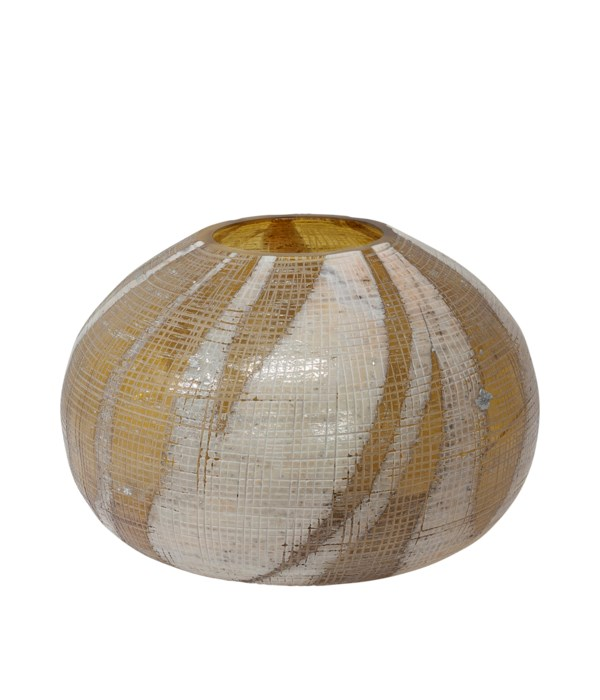Leah Vase M