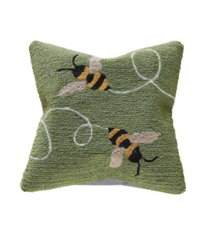 Liora Manne Frontporch Buzzy Bees Indoor/Outdoor Pillow Green