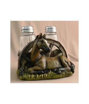 Horse & Wheel Salt & Pepper 4.75 in. W