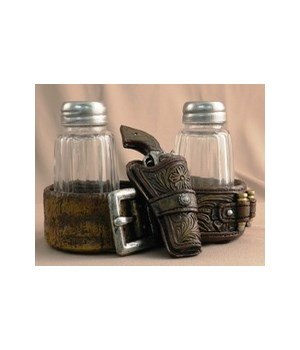 Gun & Holster Salt & Pepper 5.25 in. W