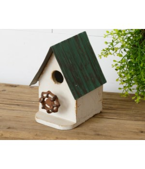 Birdhouse - Green Roof And Faucet Perch