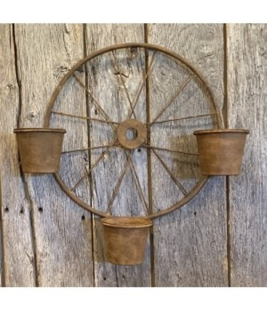 Rusty Spoke Wheel w/Planters
