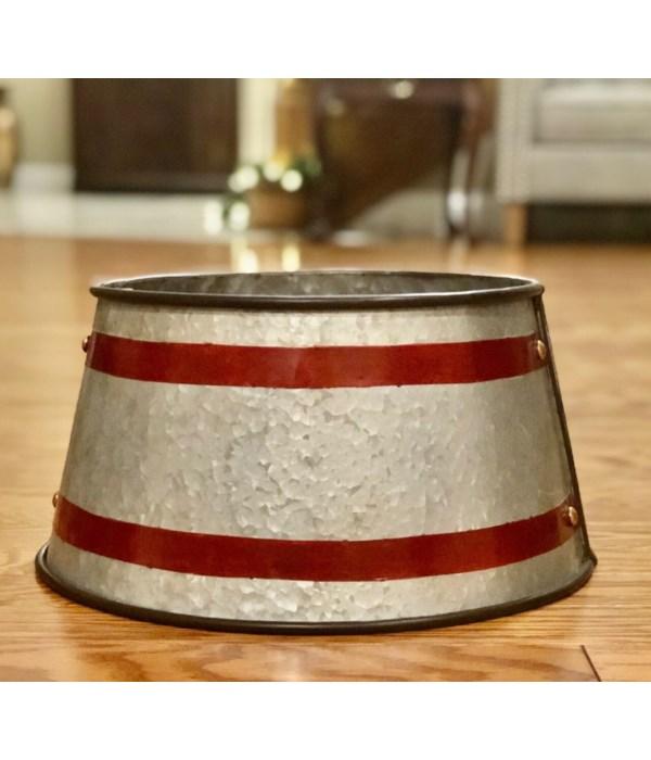 Red Metal Strap Tree Collar