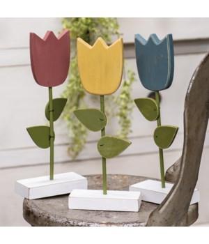Wooden Tulip Pedestal, 3 asst... 4.5 x 11 x 2 in.