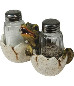 Salt and Pepper Shakers - Baby Alligator 7.5 x 5.5 x 7.5 in.
