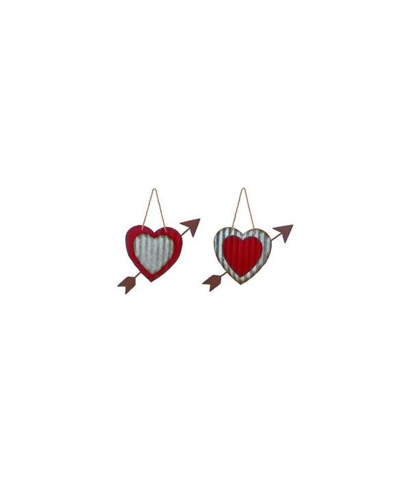 Metal Heart w/Arrow Hanging Decor 2 Asst