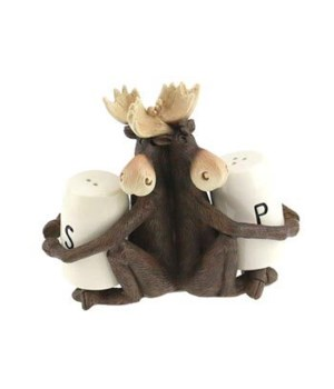 MAX MOOSE SALT AND PEPPER HOLDER 5.5 in. x 3 in. x 4.75 in..