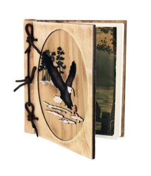 EAGLE PHOTO ALBUM WOOD 6.75 in. x 7.5 in.. 18 pages