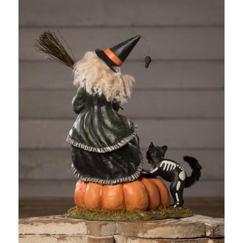 Frightened Frieda Witch