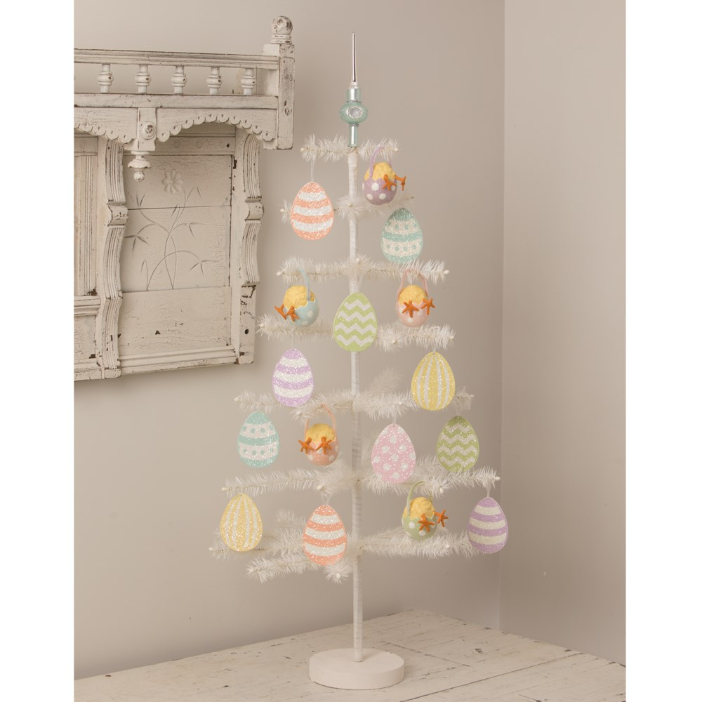 Chickie Tail Egg Ornament Green