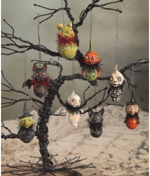 Little Ghoul Ornament 8/A