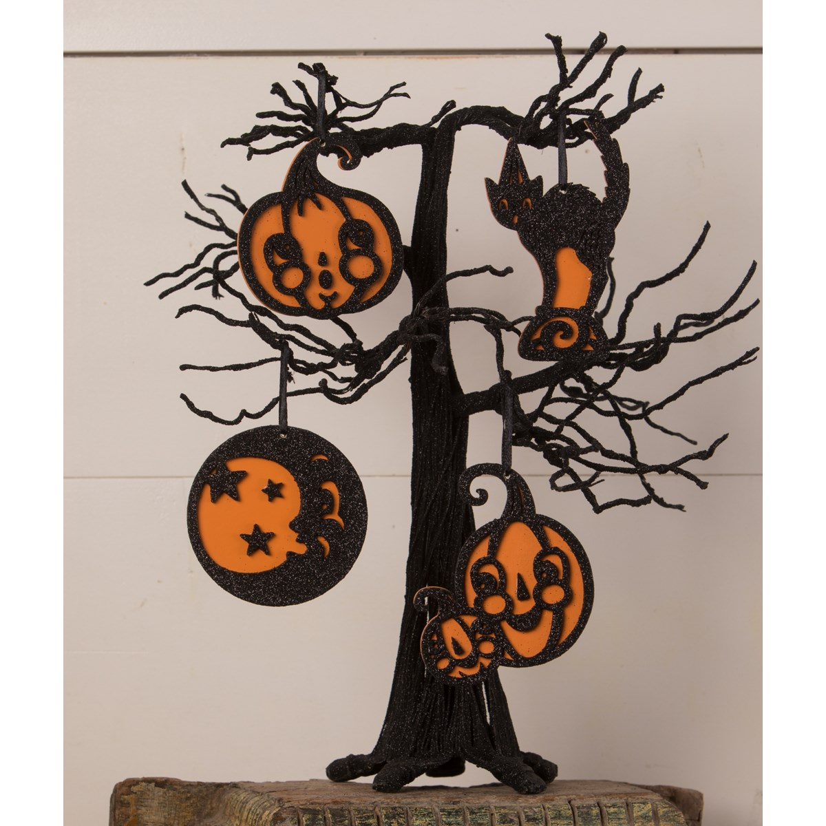 Jolly Halloween Ornament 4A