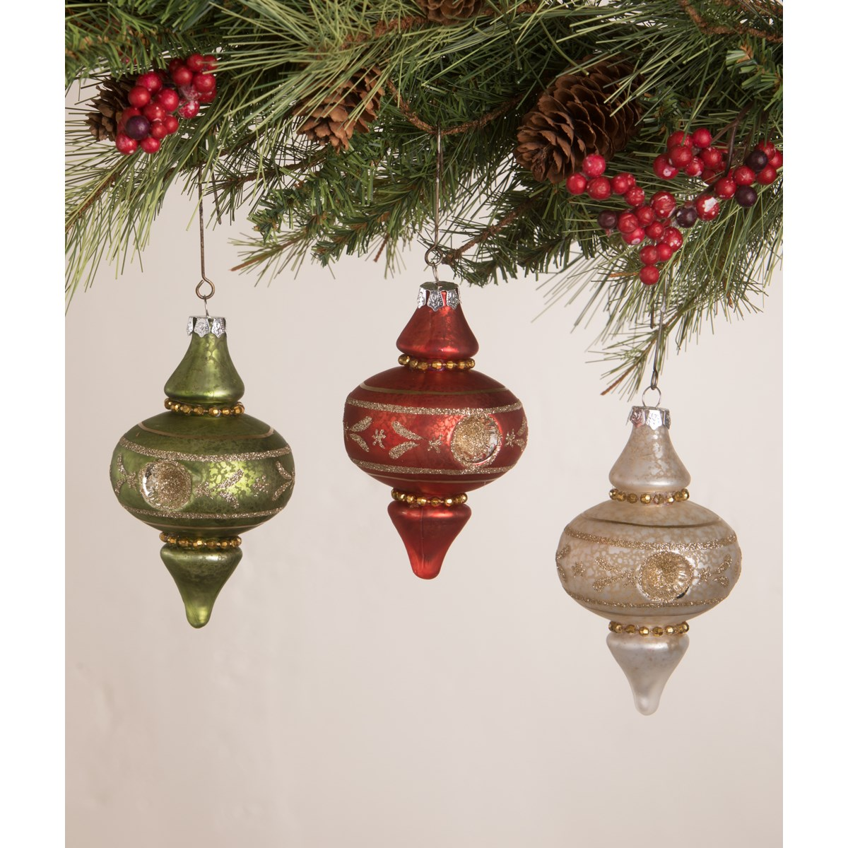 Vintage Finial Indent Ornament 3A