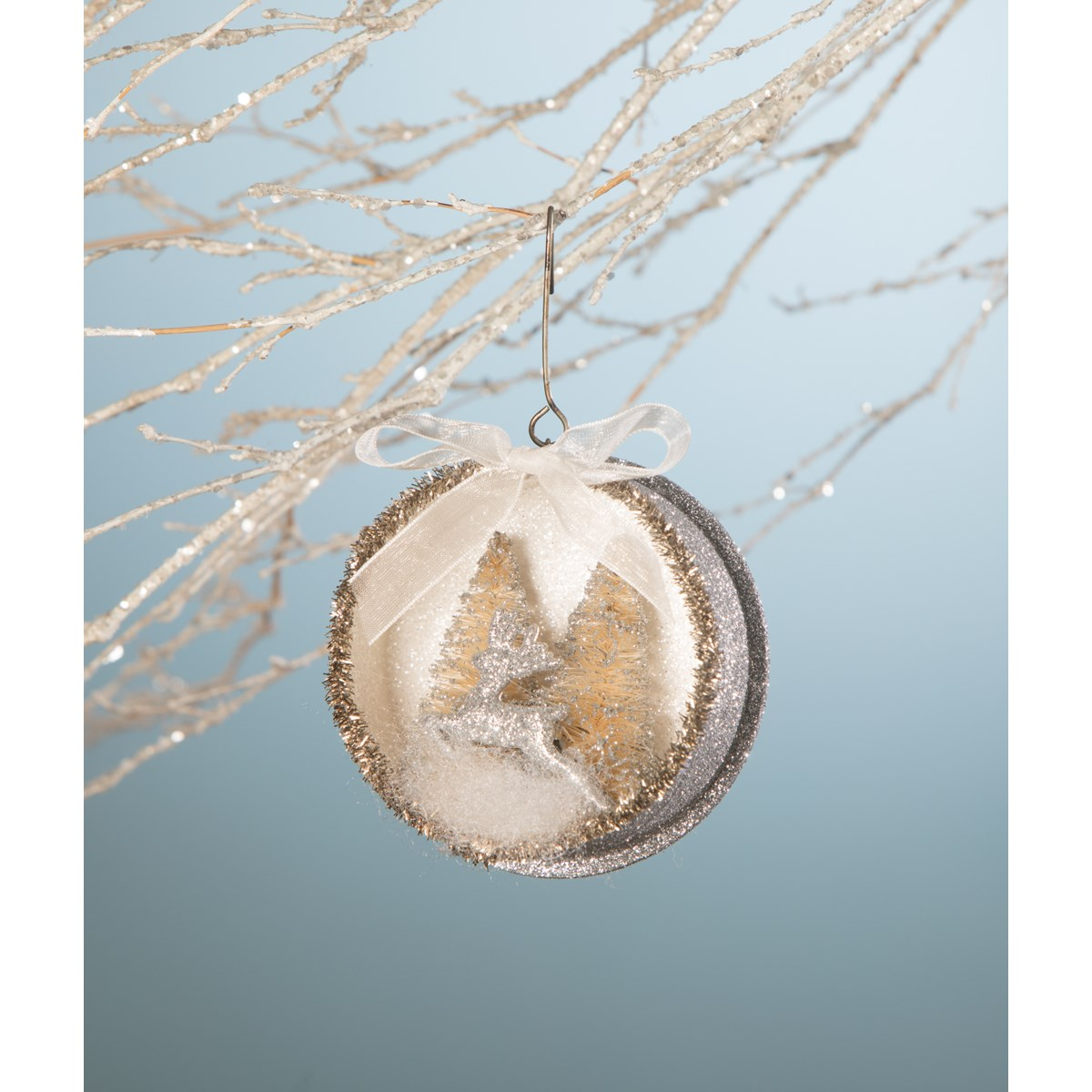 Platinum Leaping Stag Indent Ornament