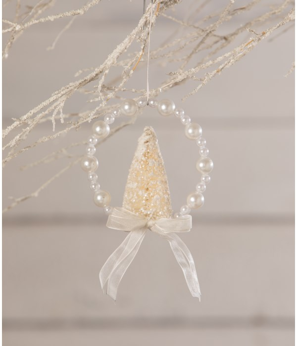 Pearl Wreath With White Bottle Brush Tree Ornament