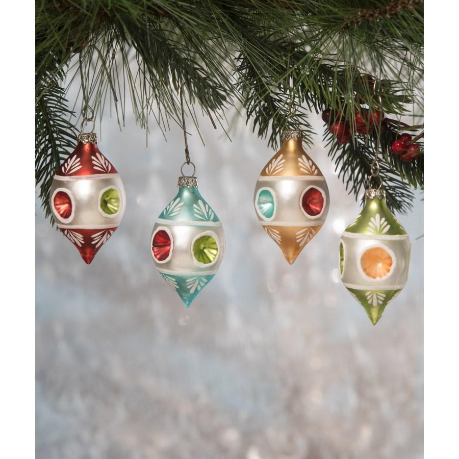 Vintage Teardrop Indent Ornament 4/A