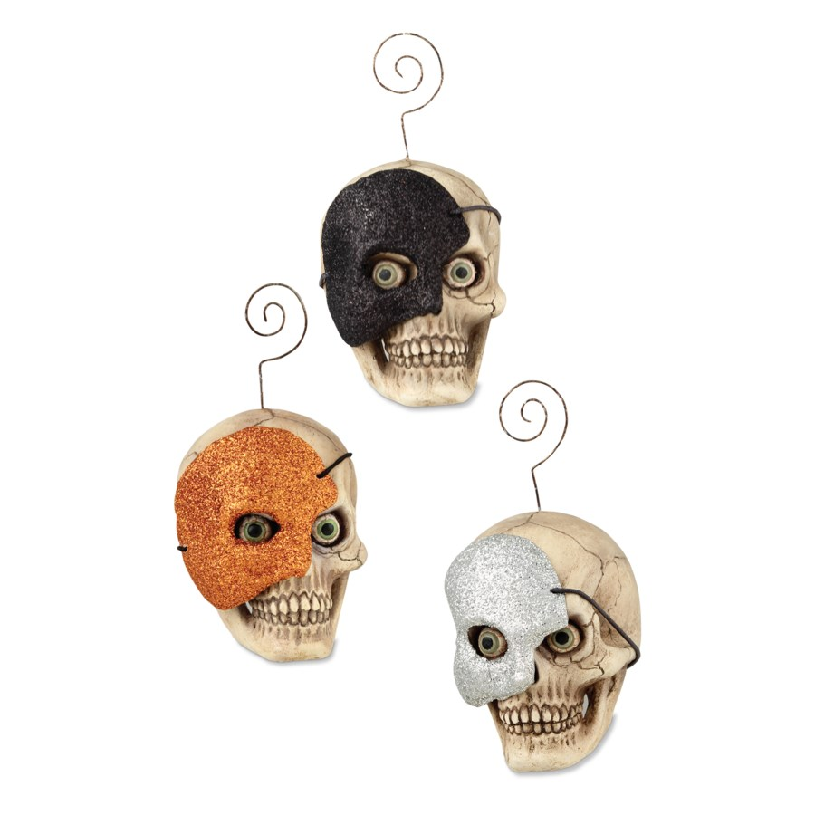 Skull With Mask Ornament 3/A
