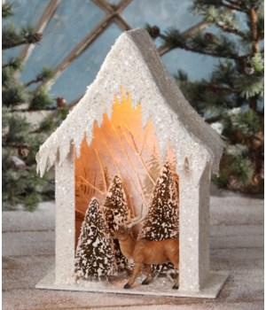 Woodland Reindeer House Vignette