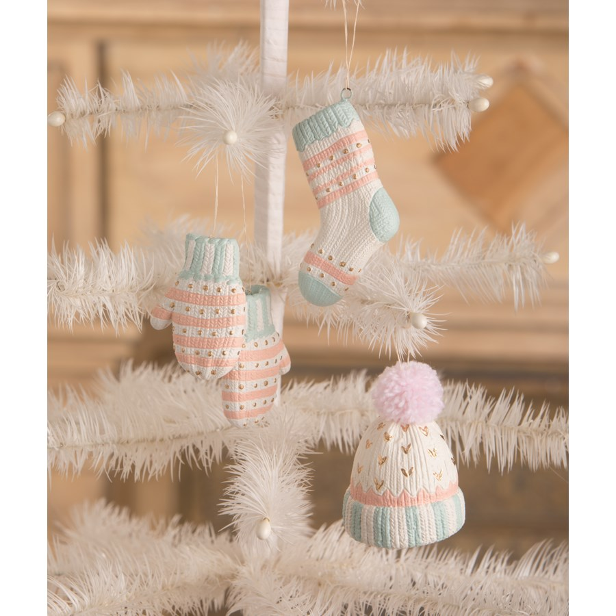 Pastel Winter Fuzzies Ornament 3A