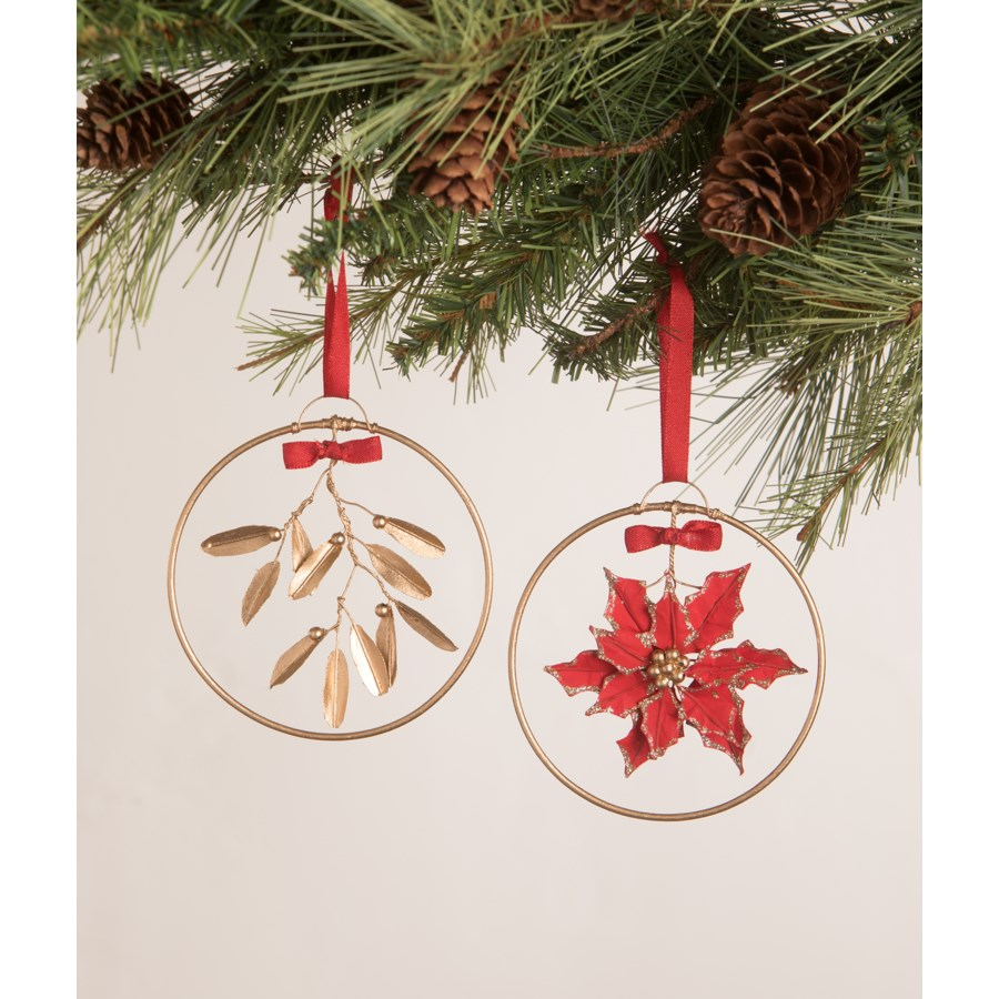 Traditional Golden Ring Christmas Ornament 2A