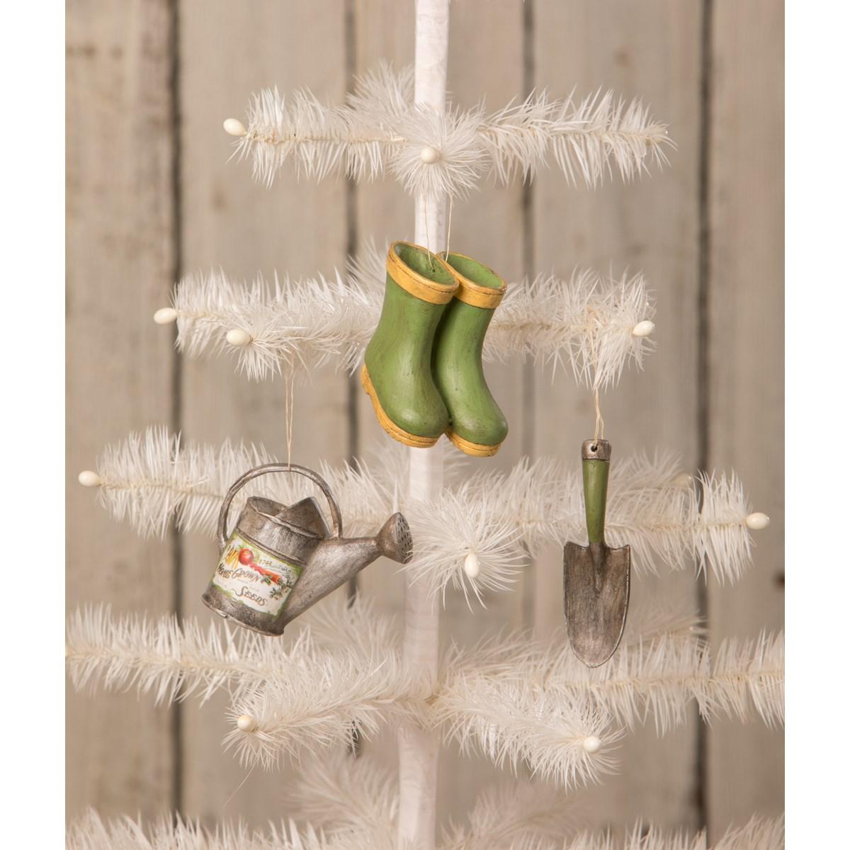 Mini Garden Ornament 3A