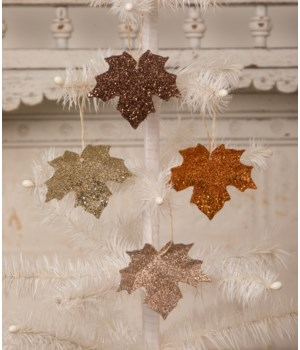 Elegant Leaf Ornament 4A