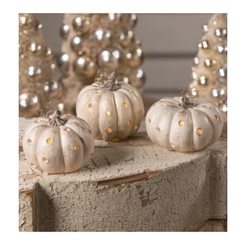 Romantic Pumpkin Luminary 3A