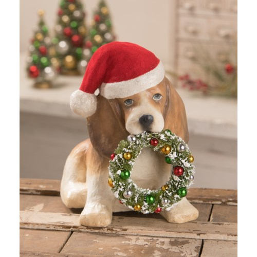 Puppy with Wreath
