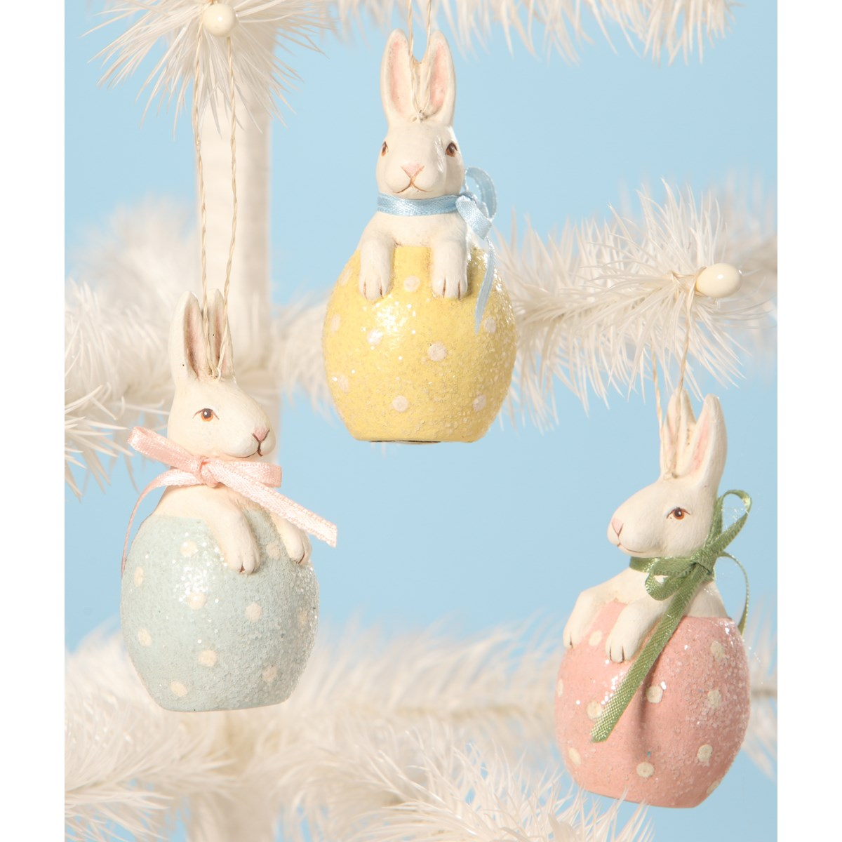 Bunny in Egg Ornament 3A