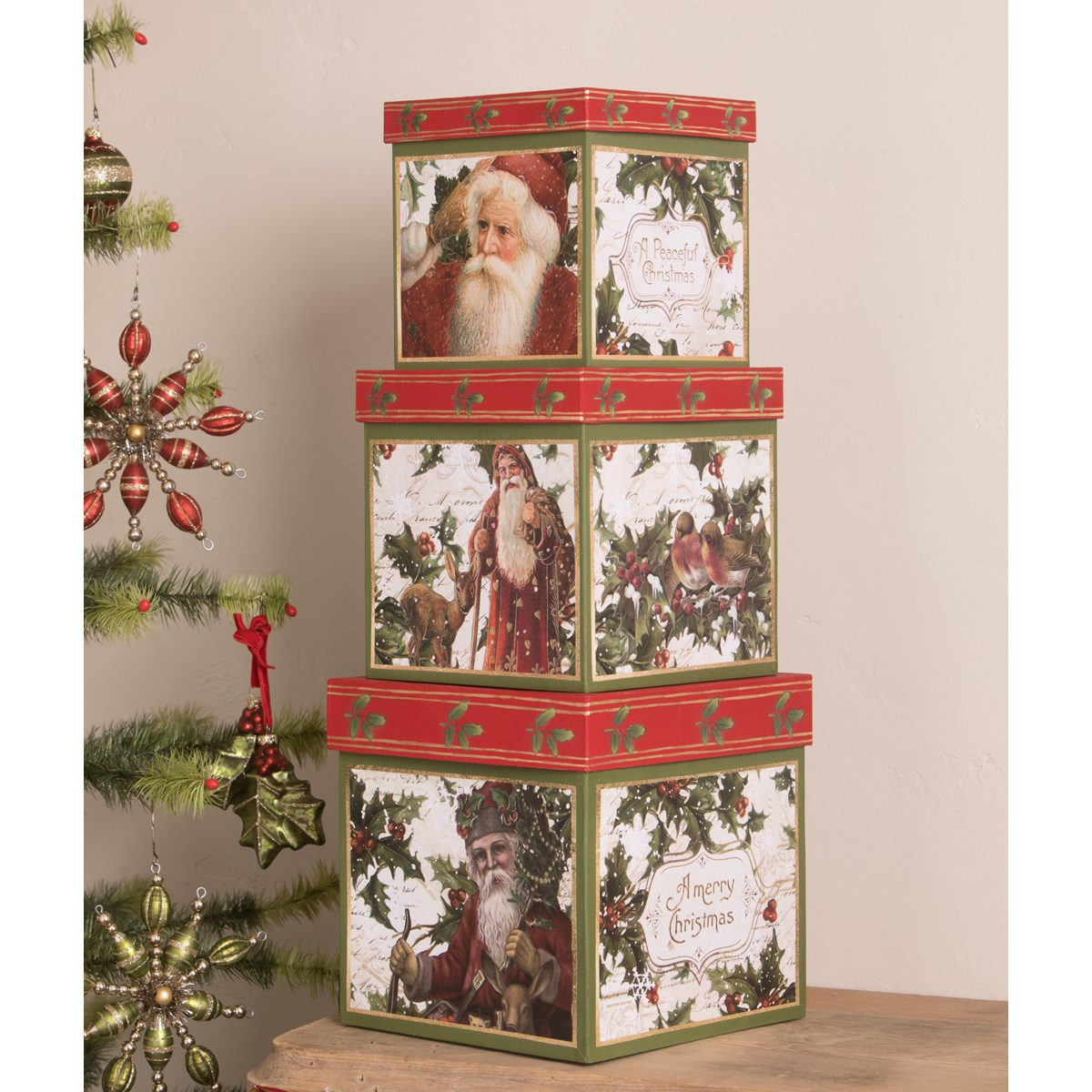 Holly Boxes S3