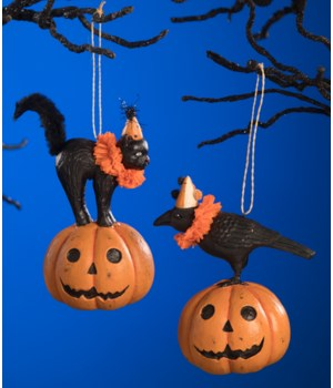 Party Pumpkin Pals Ornament 2A