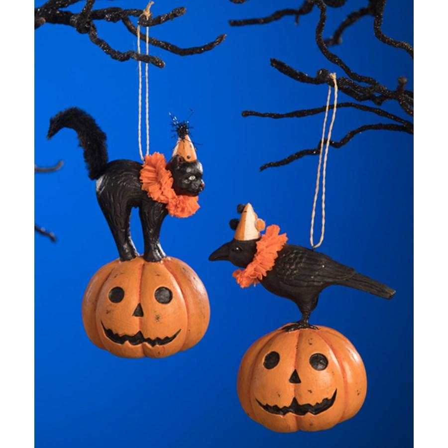 Party Pumpkin Pals Ornament 2A