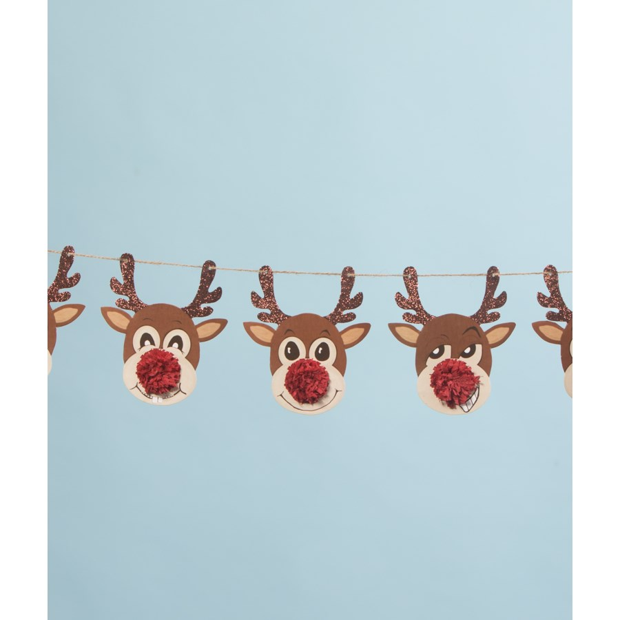 Reindeer Games Garland