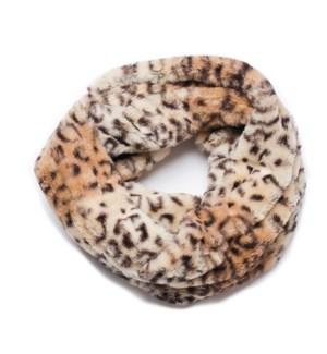 Faux Fur Loop Scarf: Leopard