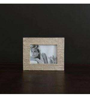 FRAME Sierra Modern Tela 5 x 7 Frame (Gold)